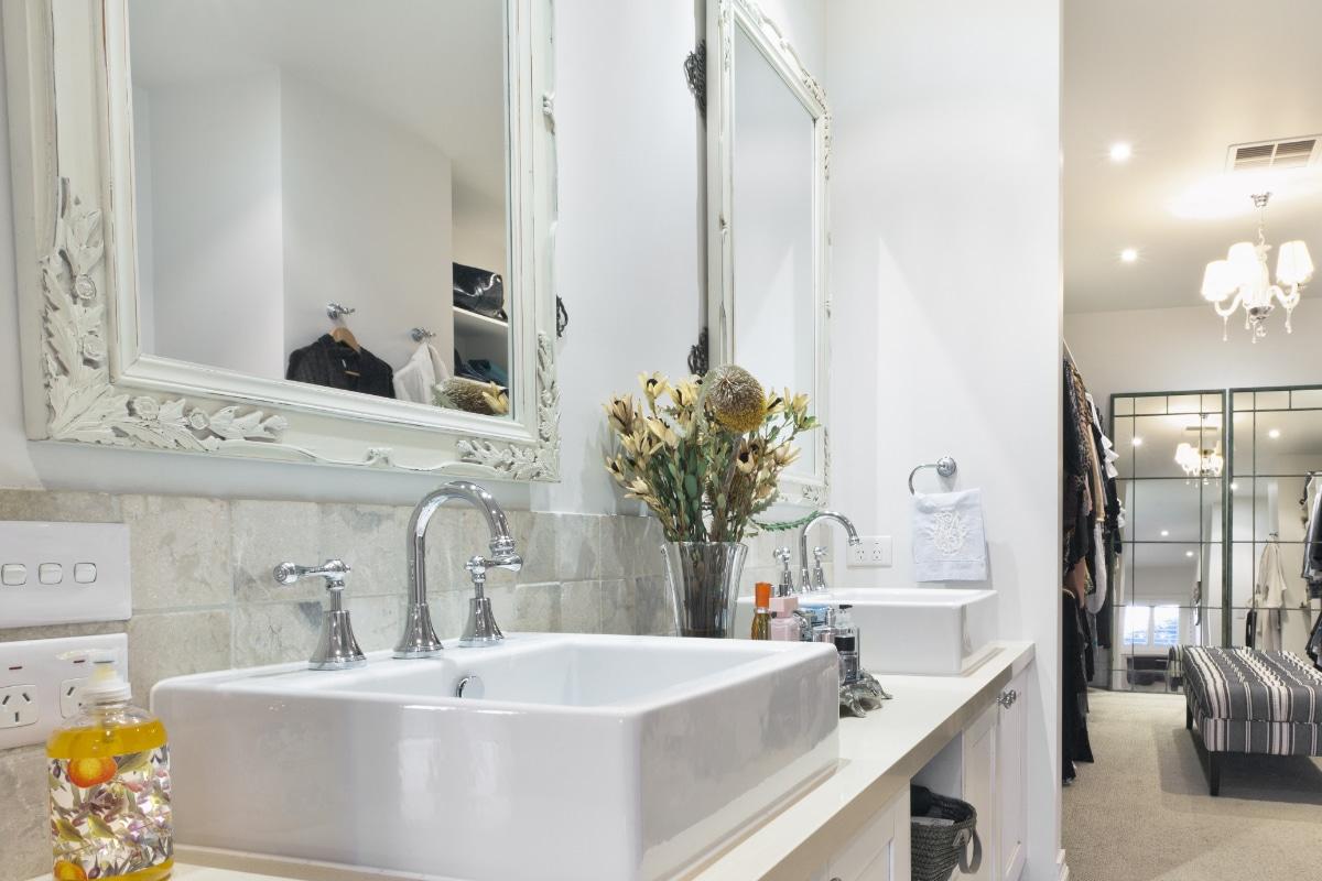 Badkamer Kopen Tips : Badkamerspiegel kopen tips inspiratie badkamerspiegels
